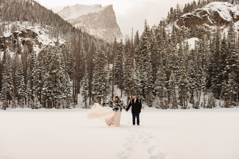 30 Rocky Mountain National Park Wedding Photos You'll Fall In Love With