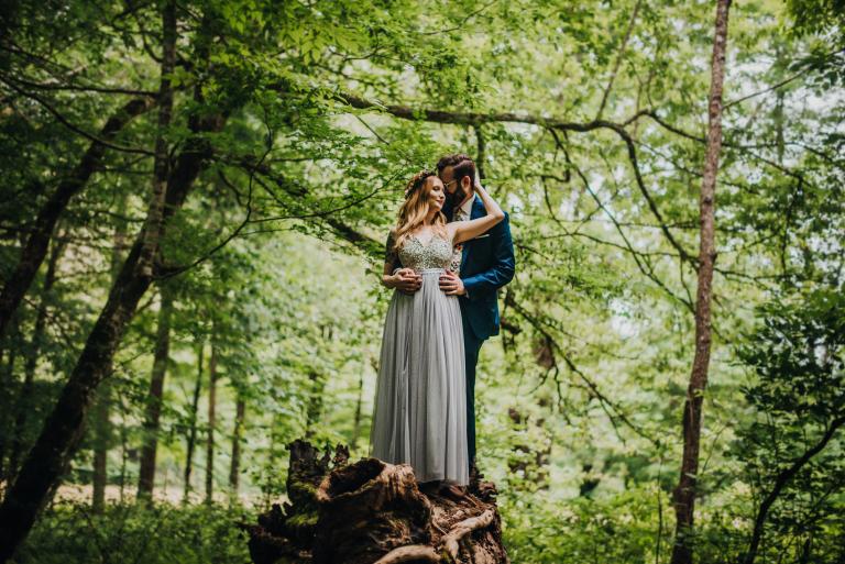 Mandi & Thomas' Gorgeous Intimate Smoky Mountain Elopement